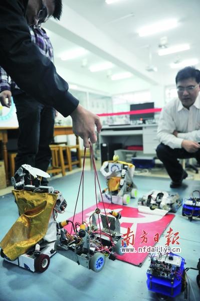 中山制造机器人