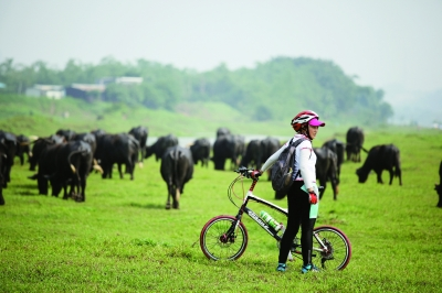城市100公里以内的郊外都是骑行爱好者的首选之地,因为在不远离