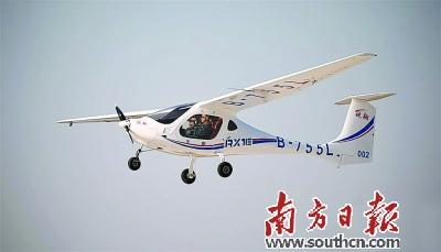 我国首款新能源飞机——锐翔rx1e.资料图片