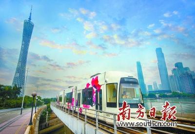 轨电车与广州塔
