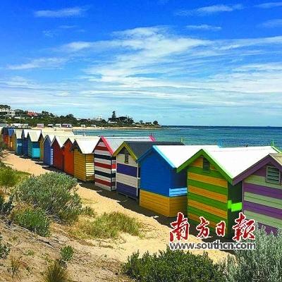 墨尔本海边的彩虹小屋.