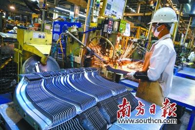 """2012清远市gdp_去年清远GDP""""增八""""今年将投3.86亿办好十件民生实事"""