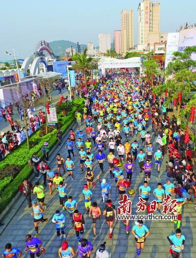 今年3月举行的2016阳江海陵岛环岛国际马拉松赛