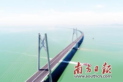 台风过后的港珠澳大桥