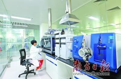 当前,珠海集中资源培育壮大软件和集成电路产业,生物医药产业并实