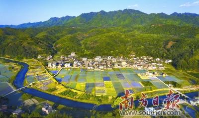 平远县河头镇向阳村新农村建设景观.