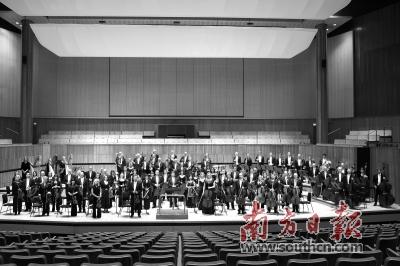 除了交响乐外,伦敦爱乐乐团还演奏歌剧和电影音乐,其中以《因父之名》
