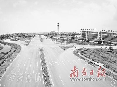 """如今在乐平镇,大旗头古村文化创意区,""""揽月一号"""",金融科技产业"""