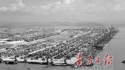 开通了覆盖整个珠江—西江流域的160多条水上驳船航线,实现全港江海